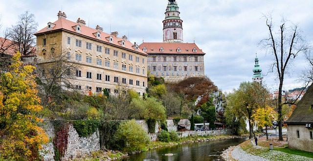 Hotel Český Krumlov – Tor des Böhmischen Waldes