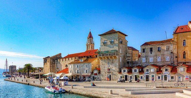 Komfortní ubytování Chorvatsko najdete i ve středověkém městě Trogir